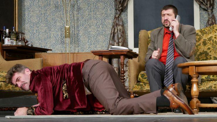 Cea mai de succes comedie din ultimele stagiuni se reia sâmbătă, la Teatrul de Nord