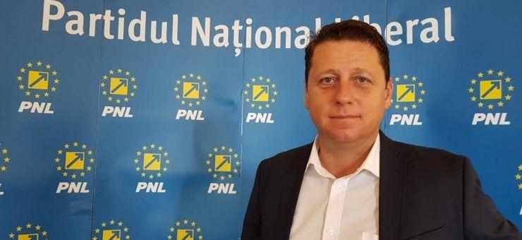 """Romeo Nicoară: """"Europa apară suveranitatea românilor în fața demagogilor"""""""