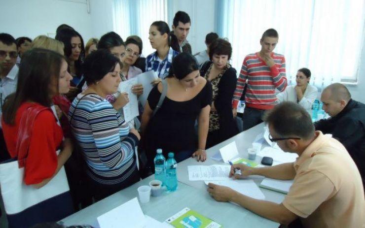 Absolvenții, așteptați în 18 octombrie la Bursa locurilor de muncă
