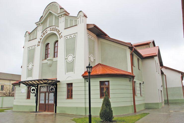 Spectacol de operetă, musical, romanțe și canzonette la Teatrul Municipal din Carei