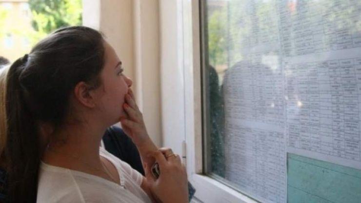 Negreșteanca Teodora Bărăian a obținut singura medie de 10 la Bacalaureat 2019