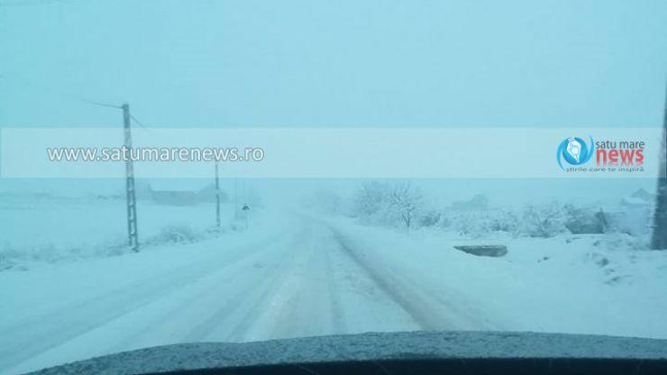 Zăpadă necurățată pe drumurile naționale. Șoferii au sunat la 112