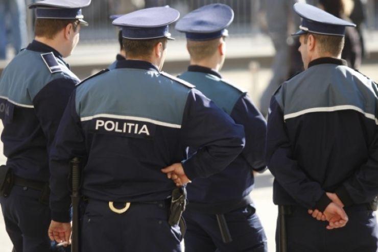 Poliţiştii, mobilizaţi la începerea noului an şcolar