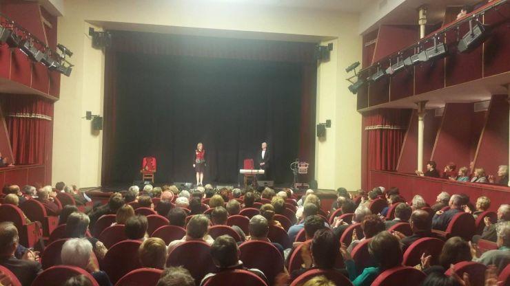 Public numeros la ultimul spectacol din cadrul festivalului Magia Crăciunului din Carei