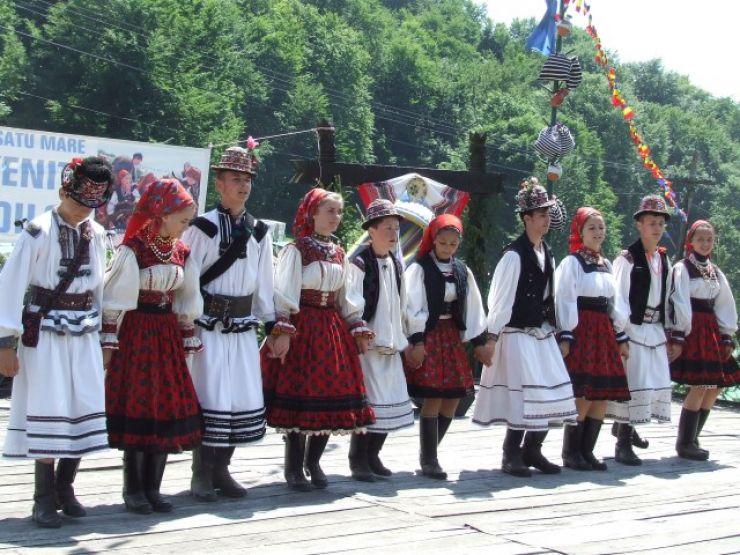 La Satu Mare se va înființa un ansamblu folcloric al județului