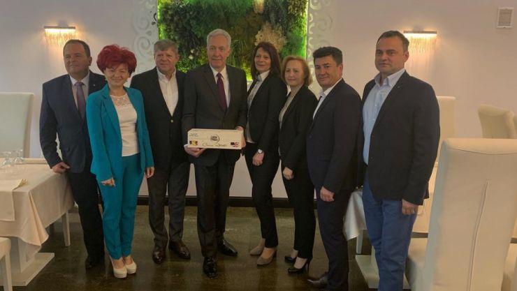 Vizită   Ambasadorul SUA, Hans Klemm, s-a întâlnit cu reprezentanți ai mediului de afaceri din Satu Mare