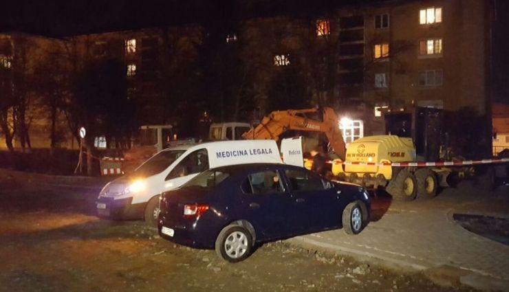 Accident mortal | Un bărbat a căzut de la etajul unui bloc