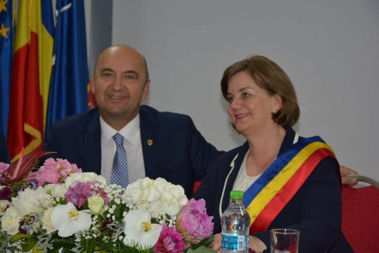 Aurelia Fedorca a fost învestită în funcția de primar al orașului Negrești Oaș