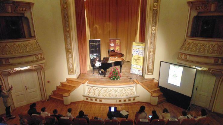 """Au început înscrierile la Concursul Național De Pian """"Musica Mundi"""" – concursul cu cel mai valoros premiu – o pianină Perzina de 4.500 euro!"""