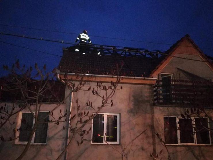 Incendiu la o casă din Halmeu