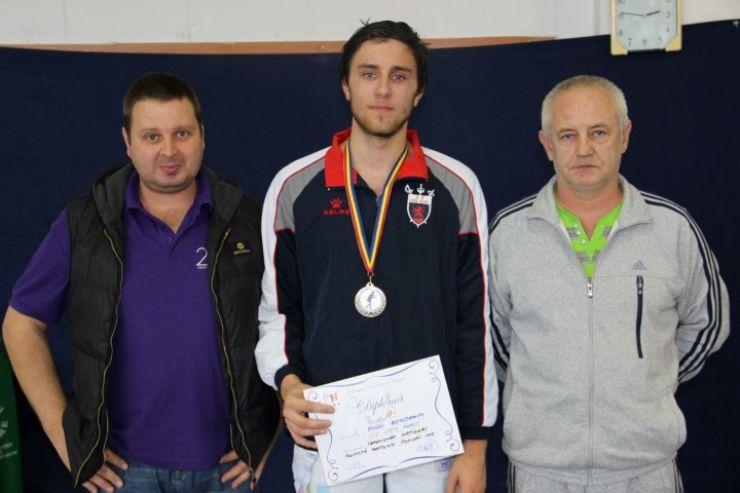 Benjamin Bodo a cucerit argintul la Campionatul Național de floretă pentru juniori