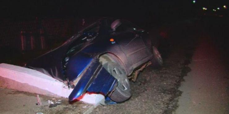 Accident la Gherța Mare. Un șofer a intrat într-un podeț