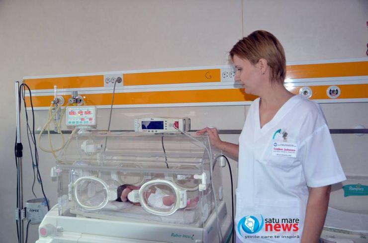 Organizația Salvați Copiii dotează secția de Neonatologie cu un monitor de funcții vitale și o unitate de fototerapie