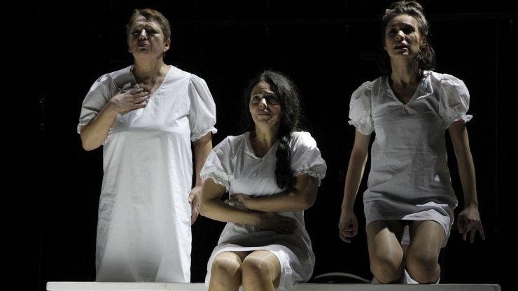 JANNA de Iaroslava Pulinovici, în regia lui Dumitru Acriș, pe scena Teatrului de Nord