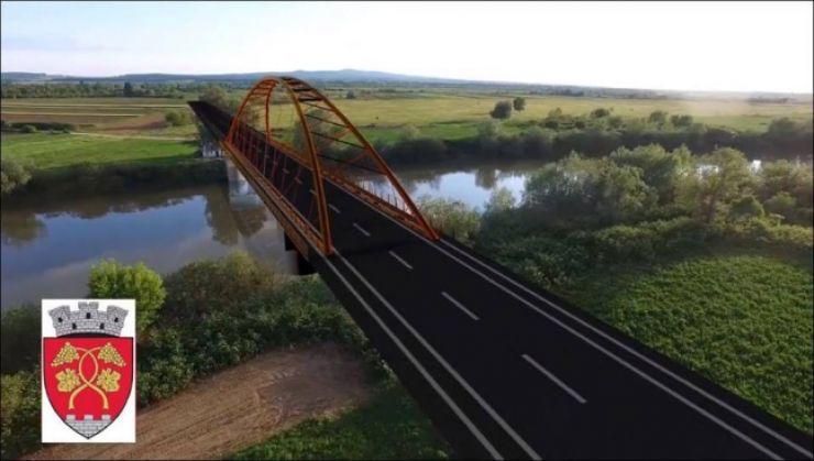Pod rutier peste râul Someș între comuna Pomi și orașul Seini