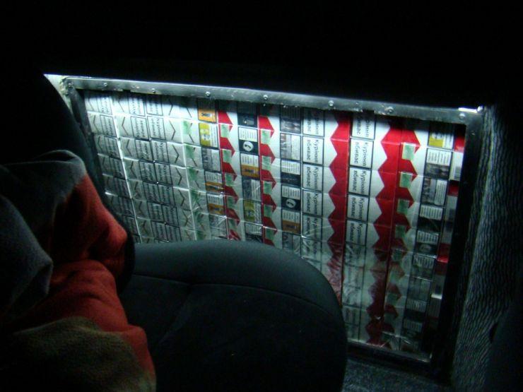 Peste 26.500 pachete ţigări de contrabandă confiscate la frontiera de nord