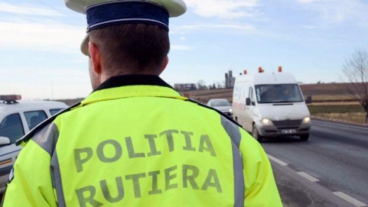 Zeci de sancţiuni aplicate într-o singură zi de poliţiştii rutieri