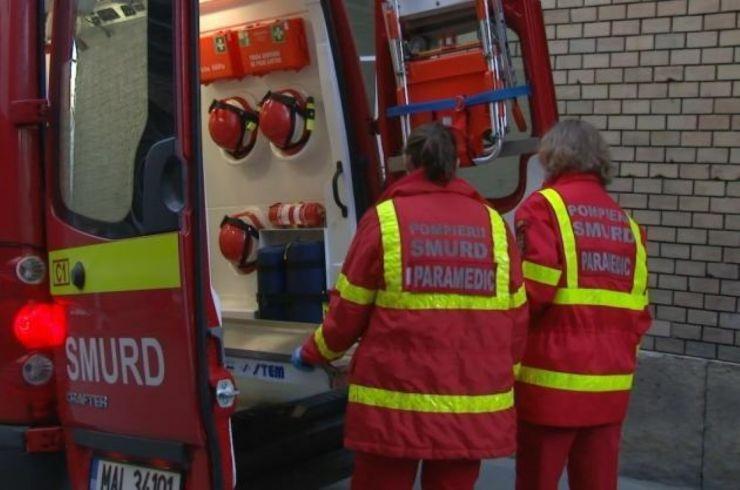 Două fete, rănite într-un accident de circulație