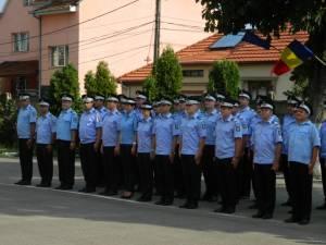 30 de jandarmi au fost înaintaţi în grad la termen