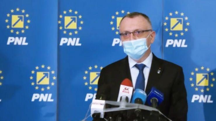 Ministrul Educației anunță că elevii vulnerabili și profesorii bolnavi nu vor reveni în școli