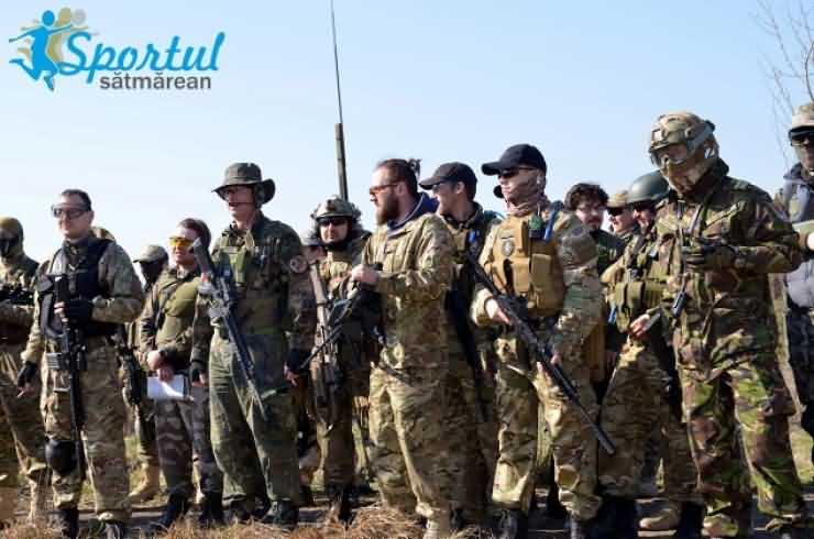 Iubitorii de airsoft s-au distrat pe cinste in fosta bază militară din Odoreu (Galerie FOTO)