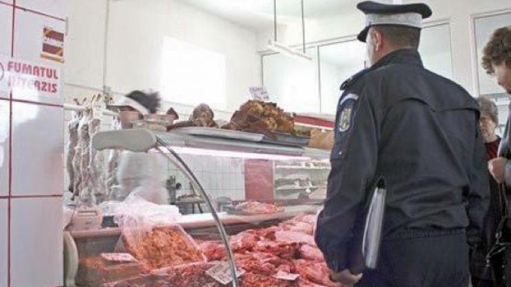 Sancțiuni în piețe și la vama Halmeu. Peste 140 de kilograme de carne, confiscată