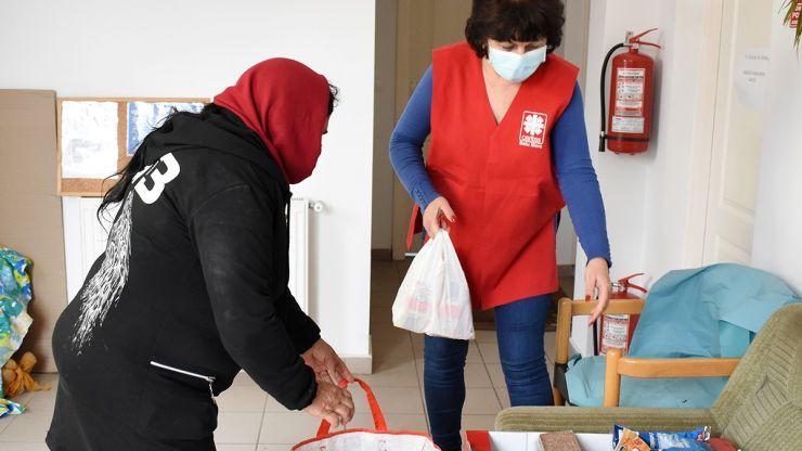 Caritas, alături de beneficiari și de Paște
