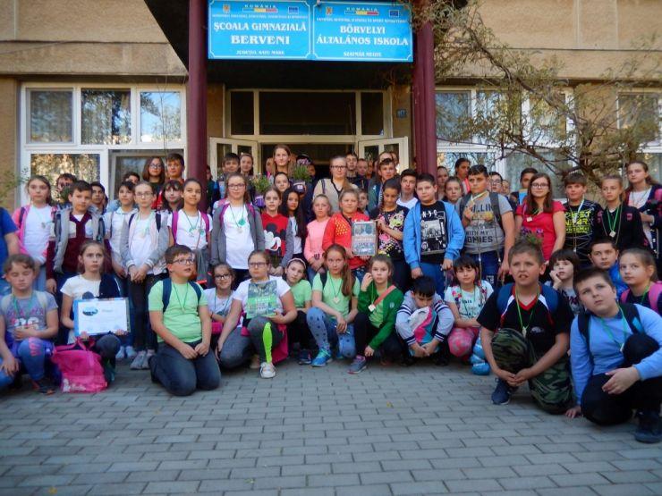 """Elevi de la 14 școli din județ au participat la concursul de ecologie """"Pământul comoara noastră"""""""