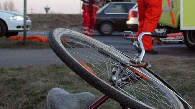 Biciclist, la un pas de tragedie