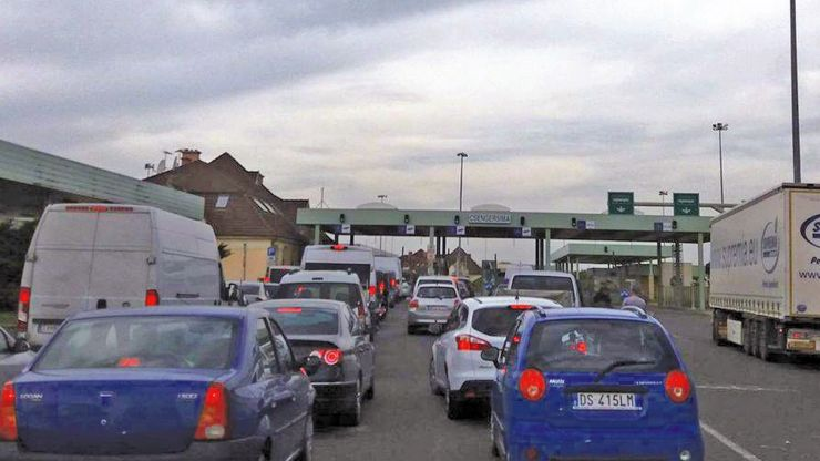 Mașină furată din Spania, oprită la PTF Petea