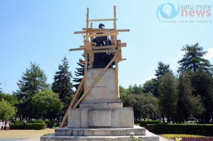 """Directorul adjunct al Muzeului Județean Satu Mare poartă ziariștii """"de la Ana la Caiafa"""""""