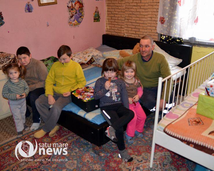 O familie nevoiașă cu șapte copii, ajutată de Fundația Maurer