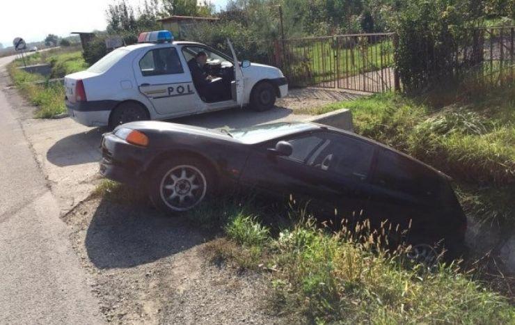Accident în Mărtinești. A intrat cu mașina în șanț