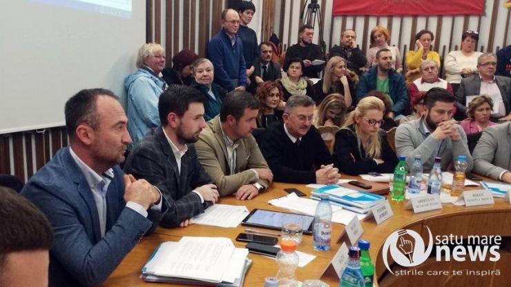 """Kereskényi: """"Mulțumim că sunteți împotriva patinoarului și dezvoltării orașului!"""""""