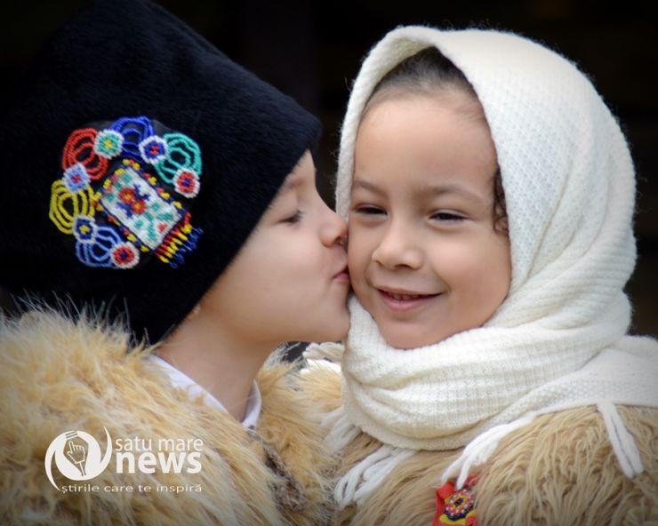 """Tradiția """"Festivalului Datinilor și Obiceiurilor de Iarnă"""", dusă mai departe"""