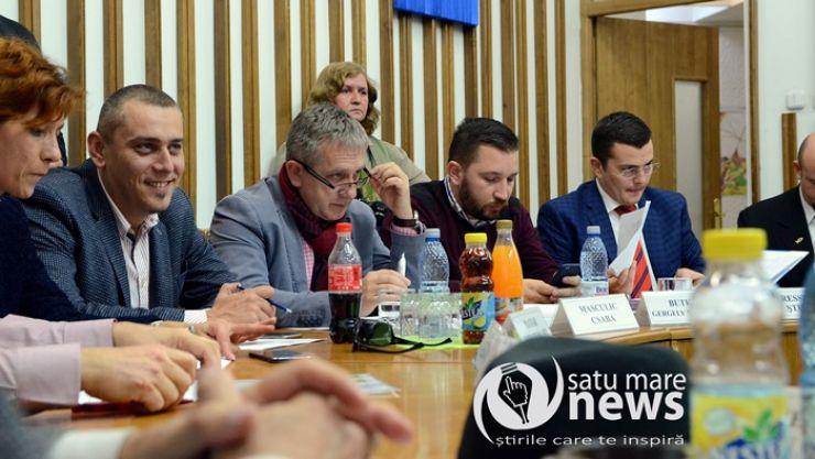 Consilierii locali îl consideră pe Masculic Csaba potrivit pentru funcția de city-manager