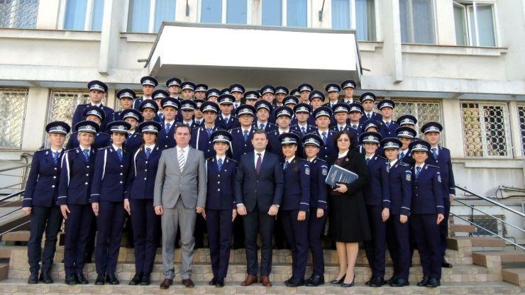 52 noi agenți de poliție au intrat în rândurile polițiștilor sătmăreni