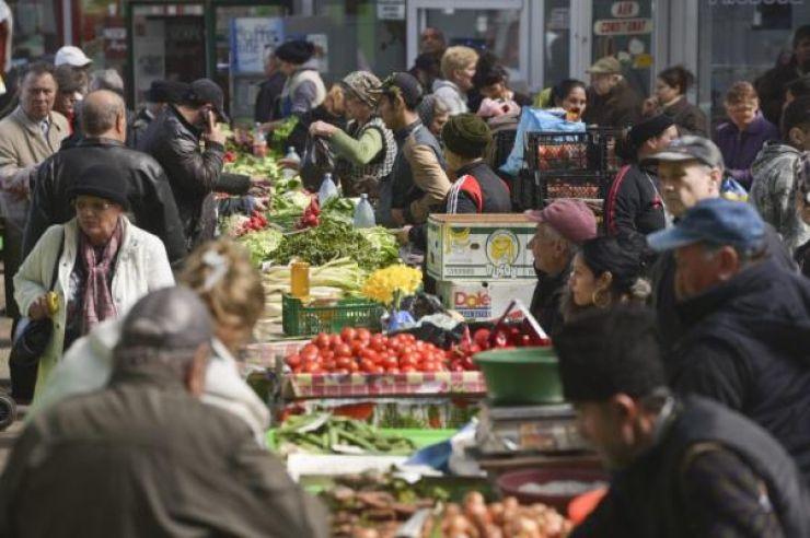 Mii de alimente, confiscate de polițiști