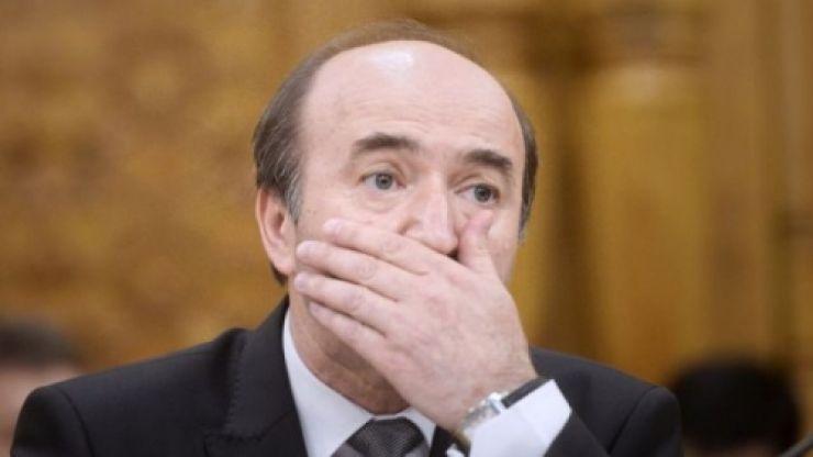 """TNL: """"Ministrul Justiției, Tudorel Toader, este o rușine și un contraexemplu pentru toți studenții de la Drept din România"""""""