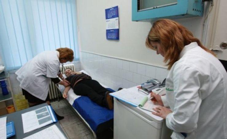 Asociația Medicilor de Familie propune sistarea activității celor 20 de centre de permanență pentru o lună