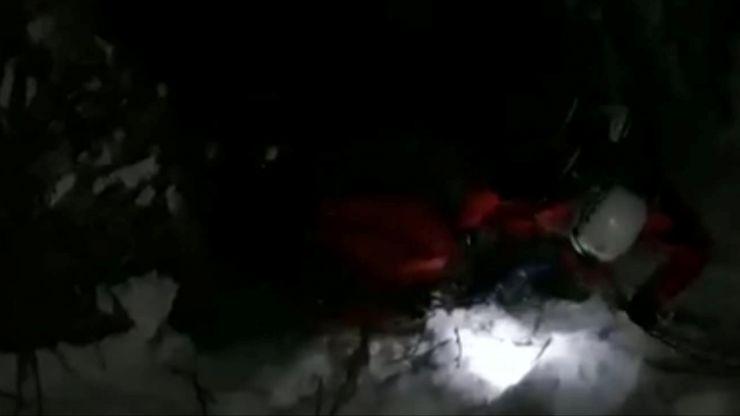 Tânăr blocat în Vârful Pietroasa, salvat de salvamontiști