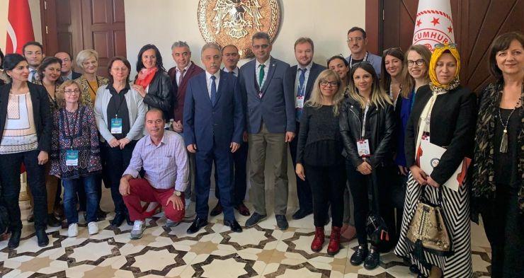 """Elevi și profesori de la Liceul German """"Johann Ettinger"""", în vizită la colegii lor din Turcia"""