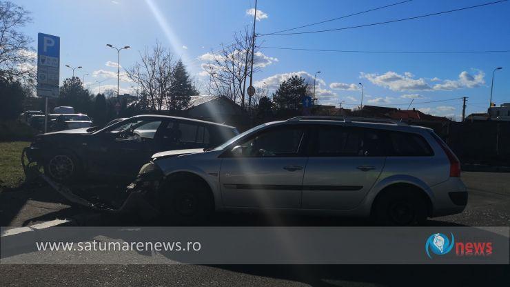 Accident în centrul municipiului Satu Mare. Un tânăr a ajuns la spital