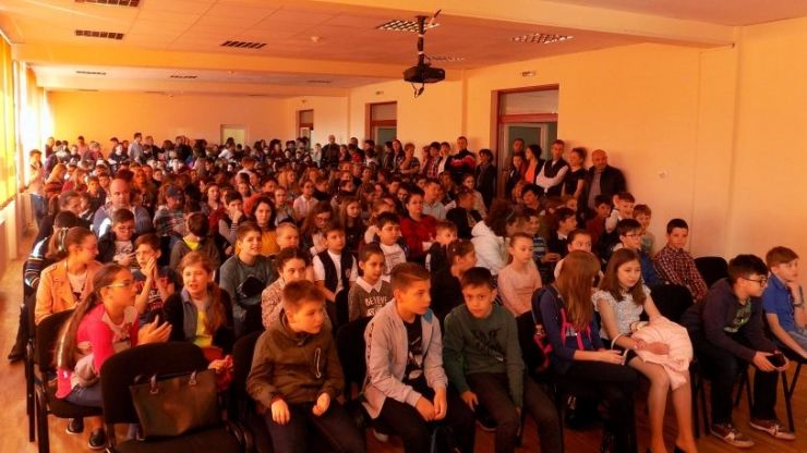 """Elevii sătmăreni, pe podium la Concursul interjudeţean de matematică """"Dumitru Ţiganetea"""" de la Dej"""