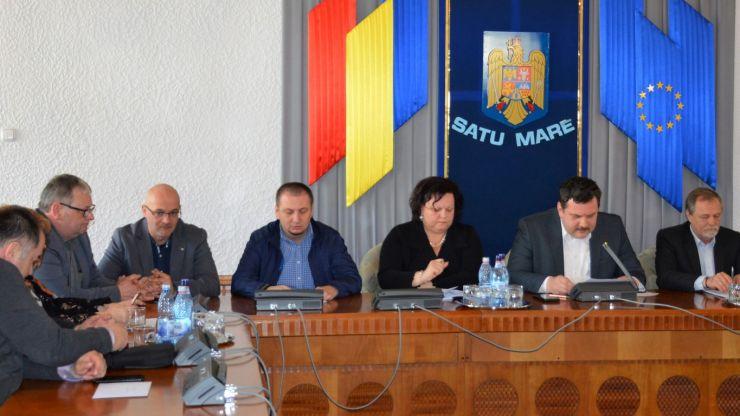 Consiliul Judeţean Satu Mare a aprobat azi repartizarea cotelor din impozitul pe venit şi TVA către primării