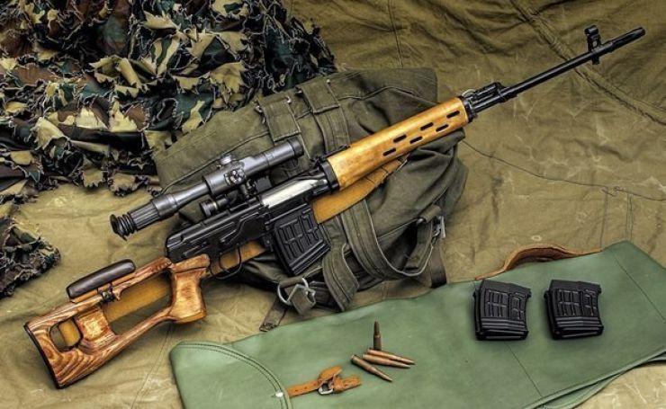 Armă de vânătoare şi zeci de cartuşe, găsite de polițiștii negreșteni