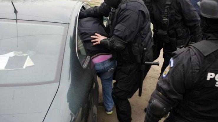 Tășnădeancă lăsată fără euro de un bărbat din Cean. Acesta a intrat peste ea în casă