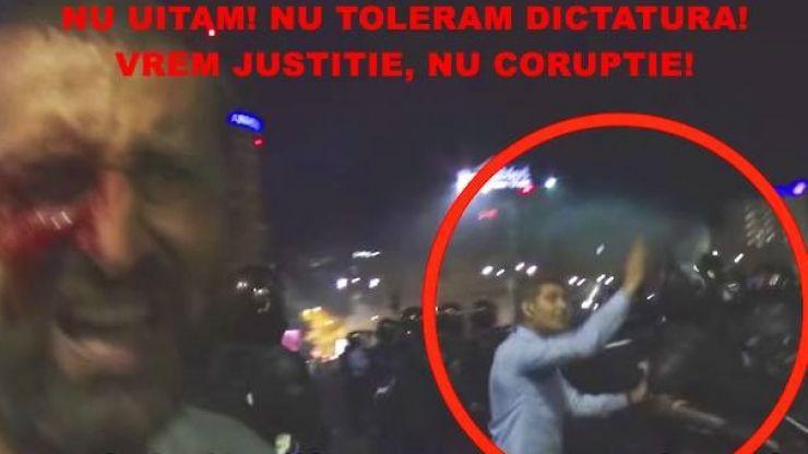 """Protest la Satu Mare: """"Nu uităm 10 august! Nu tolerăm dictatura și abuzul de putere!"""""""