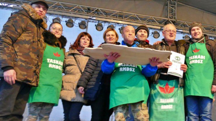 UDMR Tășnad a câștigat concursul de tăiat porci de la Foieni