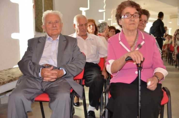 Cuplurile care se iubesc de peste 50 de ani, recompensate de Primărie (foto)